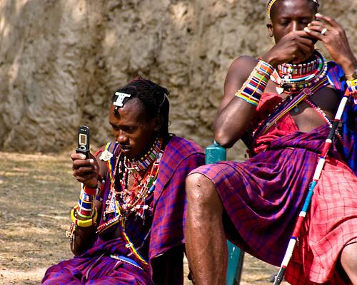 cellphoneusers.jpg