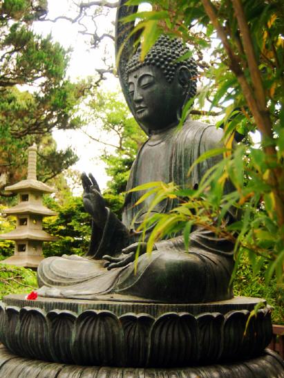 zen-buddha-statue.jpg